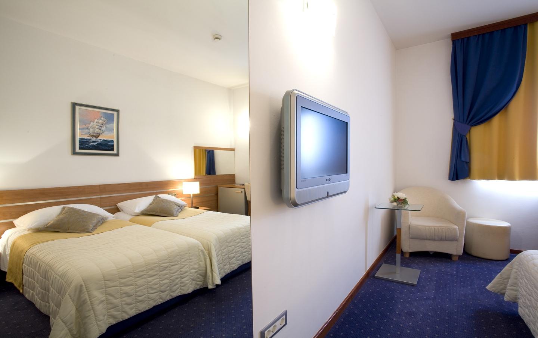 Economy Size Hotel Room